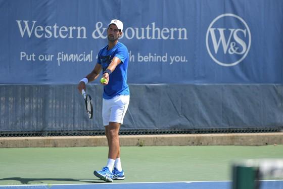 Cincinnati Masters: Federer vẫn đau vì Wimbledon, Djokovic lại khơi dậy nỗi đau đó ảnh 3