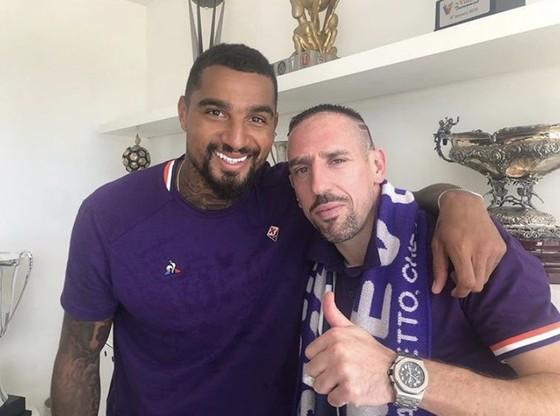 """Hình ảnh cực ngầu của """"Gã mặt sẹo"""" Ribery khi trở thành người của Đoàn quân Áo tím Fiorentina ảnh 9"""