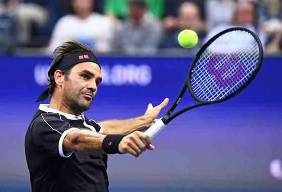 US Open: Sharapova thua sấp mặt Serena, Federer thắng chật vật ảnh 3