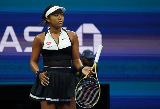 """US Open: """"Truyền nhân Martina Hingis"""" biến """"Nữ hoàng khóc nhè"""" thành cựu vô địch, Nadal vào TK lần 9 ảnh 3"""