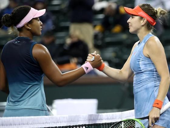 """US Open: """"Truyền nhân Martina Hingis"""" biến """"Nữ hoàng khóc nhè"""" thành cựu vô địch, Nadal vào TK lần 9 ảnh 1"""