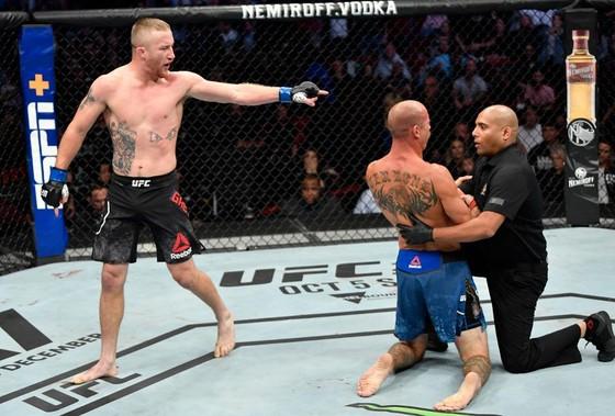 """UFC: Hạ gục """"Cao bồi"""" Cerrone, Gaethje gọi McGregor là """"gã giải nghệ"""", đòi đấu Khabib hoặc Ferguson ảnh 4"""