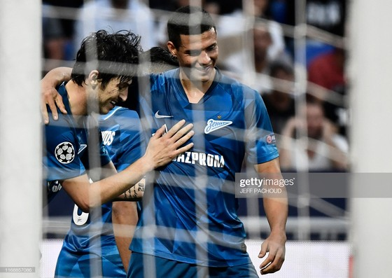 """""""Messi Iran"""" lập cú đúp vào lưới tuyển Việt Nam ở Asian Cup ghi bàn mở màn Champions League ảnh 2"""