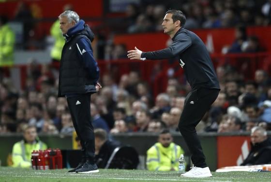Mourinho là người có nhiều ảnh hưởng đến phong cách huấn luyện của Lampard