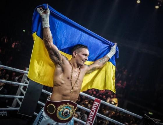 Quyền Anh: Oleksandr Usyk - Bí mật thành công của làng quyền Ukraine là… mỡ lợn ảnh 1