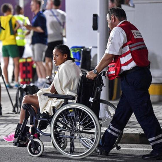 Giải điền kinh thế giới 2019: Chạy marathon, bà mẹ 3 con 41 tuổi về đích lúc 2 rưỡi sáng, xếp hạng 6 ảnh 8