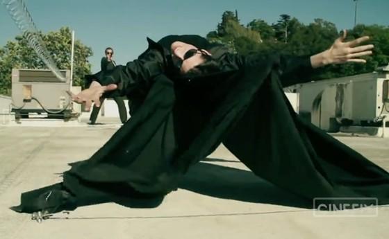 Ibrahimovic thách thức Khabib, Pogba với Mattrix Challenge chất như… Keanu Reeves trong phim Ma trận ảnh 1
