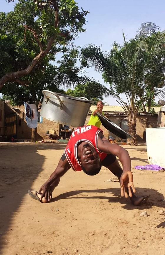 Ibrahimovic thách thức Khabib, Pogba với Mattrix Challenge chất như… Keanu Reeves trong phim Ma trận ảnh 4