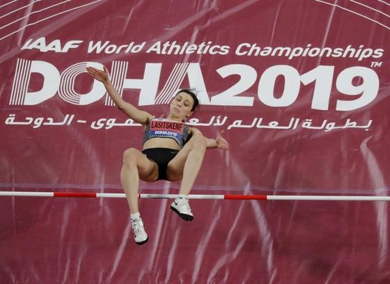 Giải điền kinh thế giới 2019: Không có cờ đại diện, các nữ VĐV Nga vẫn bay trên đỉnh cao ở Doha ảnh 1