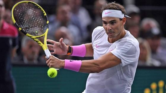 Paris Masters: Djokovic và Nadal tiếp tục chạy đua ngôi số 1 cuối mùa ảnh 1