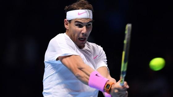 Nadal thắng ngược dòng ngoạn mục