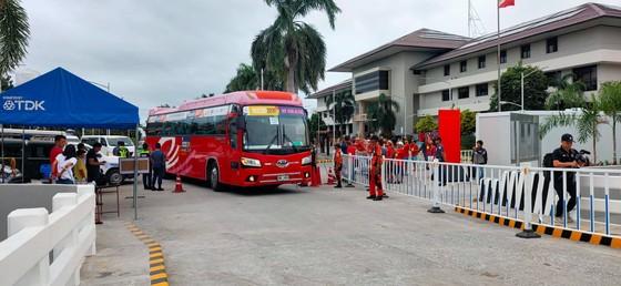 Sân Binan bị chê tệ hơn sân… phủi, còn phóng viên Việt Nam thua trắng 0-5 ảnh 1