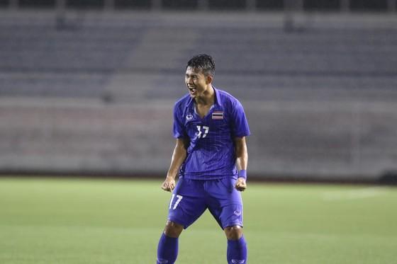 Thắng hú vía U22 Lào: HLV Akira Nishino thừa nhận may mắn, muốn cầu thủ nỗ lực đối đầu Việt Nam ảnh 1