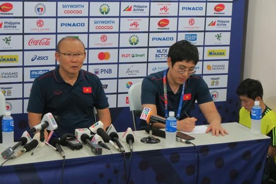HLV Park Hang Seo: Lại là một trận đấu khó khăn, Quang Hải có thể chơi chung kết ảnh 1