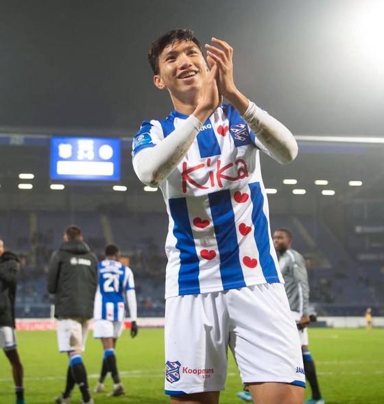 Văn Hậu lần đầu tiên ra sân cho Heereveen, CĐV Việt Nam phấn khích ảnh 2