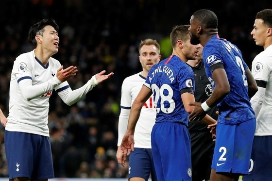 """Cay vì Son Heung Min bị thẻ đỏ, Mourinho """"khuyên"""" Rudiger nên đi khám xương sườn ảnh 1"""