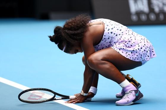 Australian Open:Thắng kịch tính 10-8 ở tie-break ván 5, Federer có trận thắng thứ 100 ảnh 1