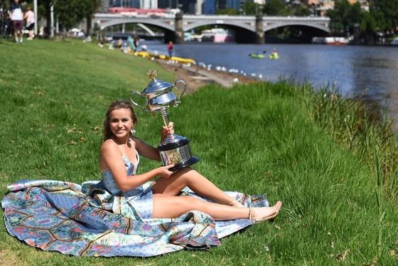 Sofia Kenin trở thành Tân Nữ hoàng Australian Open