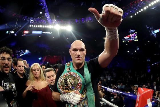Fury đang giữ đai WBC