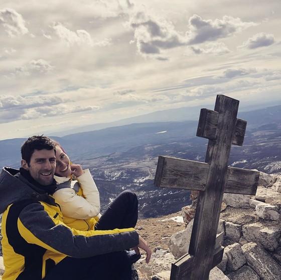 Novak Djokovic: Tiết lộ 10 bí quyết giúp chống dịch Covid-19 giữa chỉ trích sớm rời nước Mỹ ảnh 1