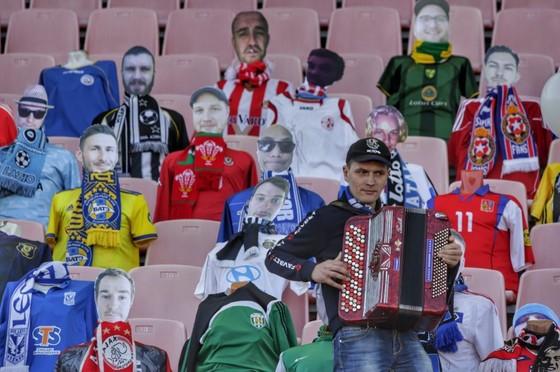 """Artem Milevskiy (Dinamo Brest): """"Thật đáng sợ"""", các trận bóng đá ở Belarus nên bị hoãn vì Covid-19 ảnh 3"""