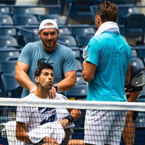 Nadal, Gasol lo lắng về chấn thương khi quay trở lại sau dịch Covid-19, Kyrgios bị Tsitsipas chơi khăm ảnh 1
