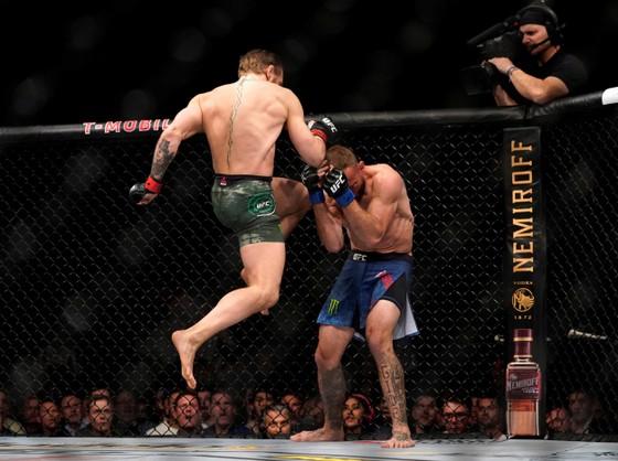 """""""Cao bồi"""" Donald Cerrone nói về trận thua thảm Conor McGregor ở UFC 246: Thậm chí, có khi tôi còn chẳng muốn có mặt ở đó ảnh 1"""