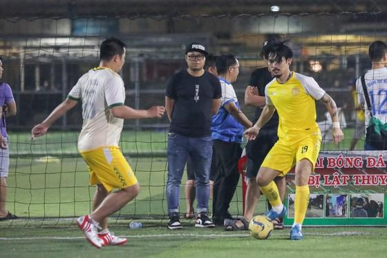 Làng bóng đá phủi - futsal Sài Gòn chung tay vì việc nghĩa ảnh 1