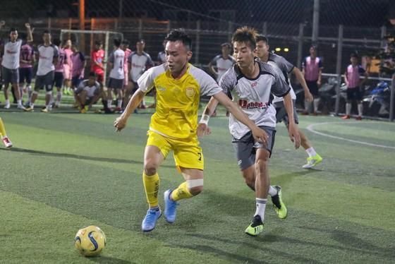 Làng bóng đá phủi - futsal Sài Gòn chung tay vì việc nghĩa ảnh 2