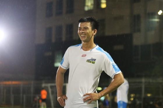 Làng bóng đá phủi - futsal Sài Gòn chung tay vì việc nghĩa ảnh 4