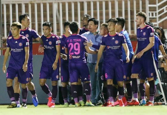 Ông Vũ Tiến Thành và tập thể Sài Gòn FC - We are one