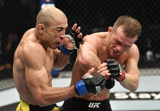 Petr Yan: Từ võ sĩ đấu đài ở hộp đêm vùng Cực Bắc, 4 ngàn rúp/trận, đến… nhà vô địch người Nga thứ 2 ở UFC ảnh 4