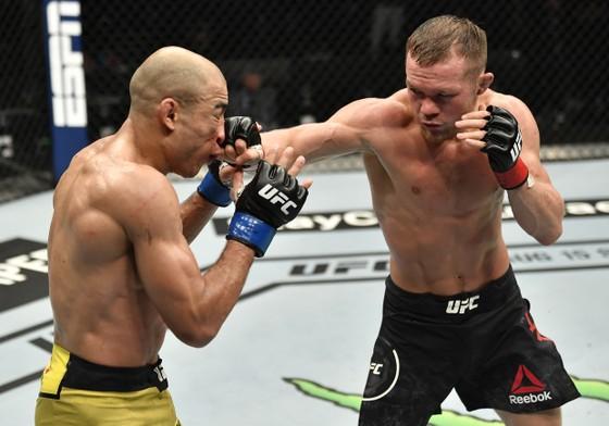 Petr Yan: Từ võ sĩ đấu đài ở hộp đêm vùng Cực Bắc, 4 ngàn rúp/trận, đến… nhà vô địch người Nga thứ 2 ở UFC ảnh 3