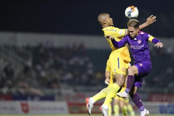 """Sài Gòn FC - 10 trận bất bại, 4 trận thắng liên tiếp không lọt lưới: Đơn giản chỉ là """"Tất cả đang vào phom""""! ảnh 1"""
