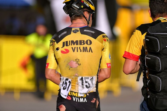 Tour de Pologne: Đua nước rút ở đích đến, Fabio Jakobsen gặp tai nạn thảm khốc, phải mổ não ảnh 3