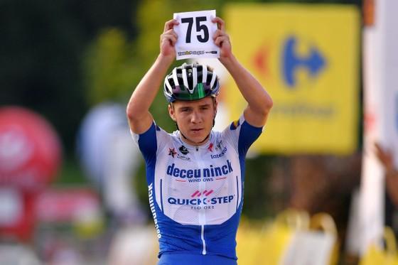 20 tuổi 197 ngày, Remco Evenepoel là cua-rơ trẻ nhất đăng quang Tour de Pologne, đã giành 4 danh hiệu trong mùa ảnh 1