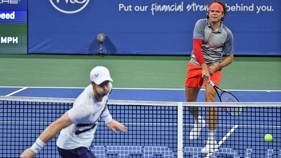 Cincinnnati Masters: Djokovic thắng trận thứ 20 liên tiếp, Raonic đánh bại Murray lần đầu tiên sau hơn 6 năm ảnh 2