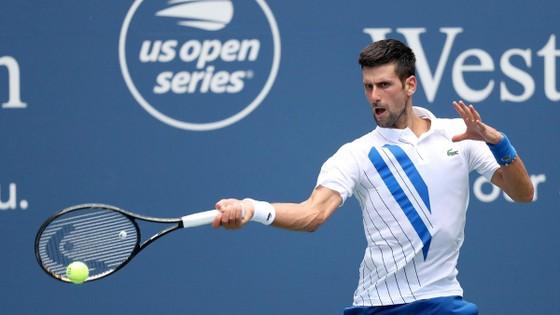Cincinnati Masters - W&S Open: Osaka không rút lui, mặc áo 'Black Lives Matter' vào sân, Djokovic vào chung kết ảnh 1