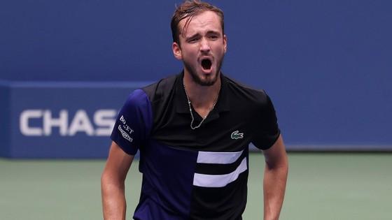 Medvedev lọt vào bán kết US Open lần thứ 2 liên tiếp