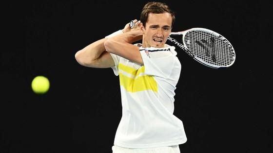 Kết quả Australian Open (mới cập nhật) – Rublev và Medvedev vẫn chưa tốn ván đấu nào, Nadal cũng thắng 3 ván ảnh 2
