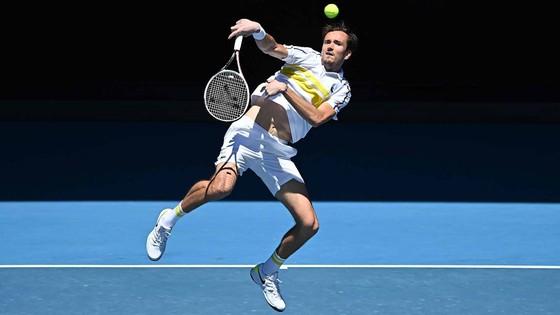 """Kết quả Australian Open (mới cập nhật) - Rublev đã thắng 19 ván liên tiếp, đấu Medvedev ở """"Nội chiến nước Nga"""" ảnh 1"""