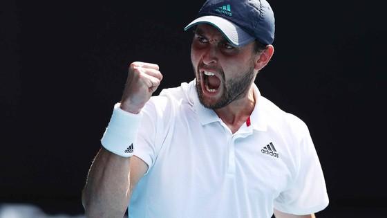 Karatsev, hiện tượng là ở AO 2021 sẽ đấu với Djokovic ở bán kết