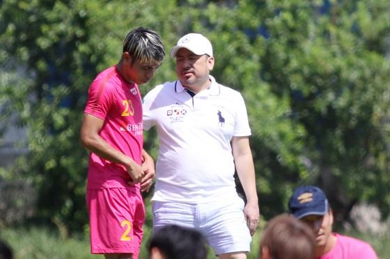 Sứ mệnh bóng đá của Sài Gòn FC: Không ngại Cao Văn Triền sang Nhật, HLV Vũ Tiến Thành ra Bắc làm PVF ảnh 3