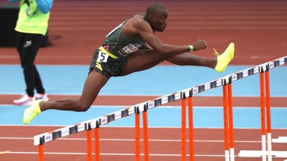 """""""Vô địch thủ"""" thế giới 60 mét rào - Grant Holloway: Giới hạn là bầu trời! ảnh 3"""