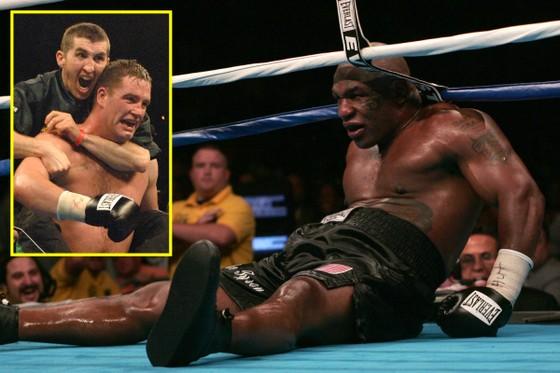 """Evander Holyfield: Mặc kệ """"Mong ước kỷ niệm xưa"""" của Tyson, vẫn đấu kẻ khiến Tyson… giải nghệ ảnh 1"""