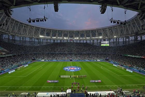 Lokomotiv Moscow: Nikolic giành Cúp QG thứ 3 trong sự nghiệp, với trận đấu gợi nhớ bầu không khí World Cup ảnh 2