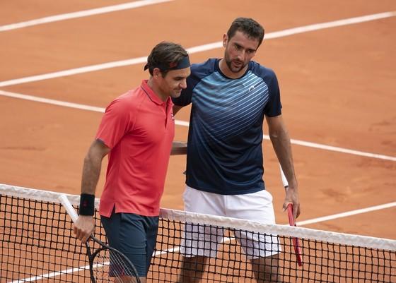 Roland Garros: Federer ngạc nhiên với bản thân, Djokovic sẵn sàng tiến sâu, Nadal mừng sinh nhật 35 tuổi ảnh 1