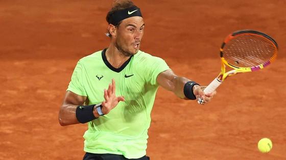 Roland Garros: Federer ngạc nhiên với bản thân, Djokovic sẵn sàng tiến sâu, Nadal mừng sinh nhật 35 tuổi ảnh 3