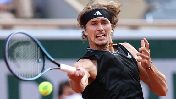 """Roland Garros: """"Đại chiến Next Gen"""" - Tsitsipas đấu Zverev ở bán kết ảnh 1"""