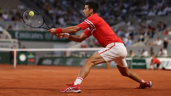 """Roland Garros: """"Đại chiến Titan"""" - Djokovic """"cải mệnh nghịch thiên"""" khi đấu Nadal? ảnh 2"""
